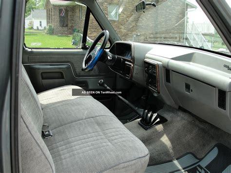 ford   xlt lariat standard cab pickup  door