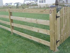 attractive dog fences inside best 25 fence ideas on With attractive dog fence