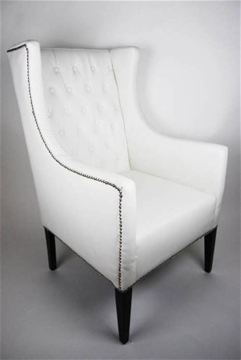 #5 Hot Deals Wing Back White Faux Leather Armchair