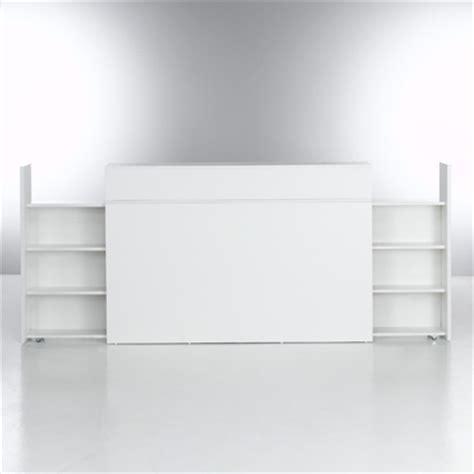 cuisine equipee blanche tête de lit avec 2 étagères de rangement amovibles