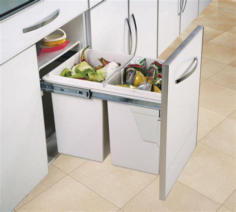 grande poubelle de cuisine poubelle cuisine integree maison design sphena com