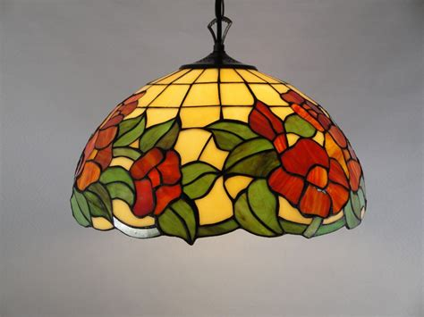 style stained glass ceining lighting on winlights