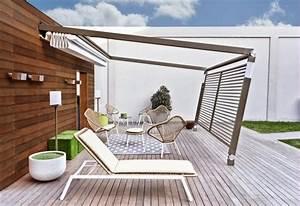 amenagement terrasse avec auvent retractable et brise vue With salle de bain design avec brise vue extérieur horizontal décoré