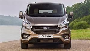 Nouveau Ford Custom : 2018 ford tourneo custom youtube ~ Medecine-chirurgie-esthetiques.com Avis de Voitures