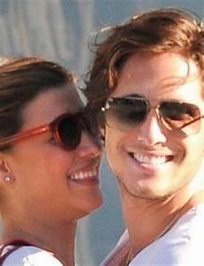Michelle Salas and Diego Boneta | FamousFix.com