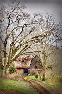 Pictures of Old Barns in Sevierville Tennessee