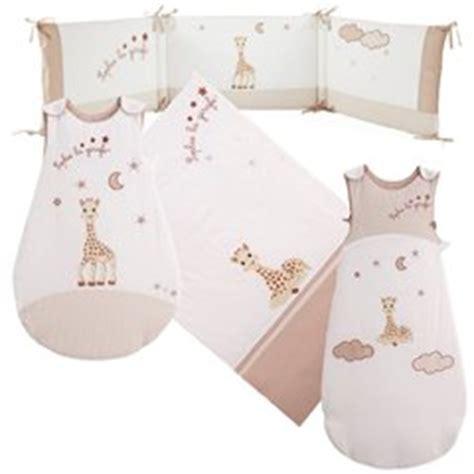 chambre la girafe decoration chambre bebe la girafe visuel 6