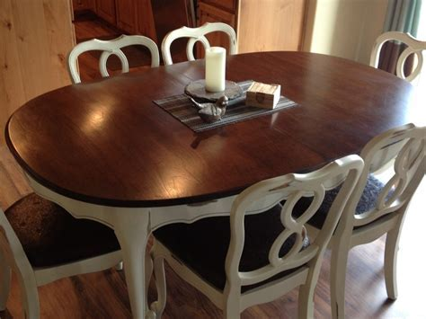 $950 Refinished hardwood maple dining table for 6