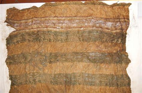 unique silk cloth   emperor henry viis coffin seeker