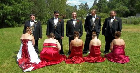 awkward bridesmaid moments caught  camera