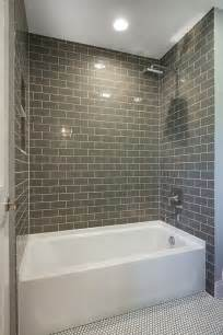 Bathroom Tiling Ideas by 17 Best Ideas About Tiled Bathrooms On Classic