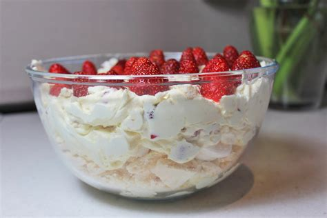 light dessert recipes strawberry eton mess berries desserts meringue light desserts eton mess desserts