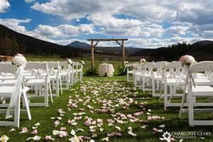 simple wedding ceremony simple outdoor ceremony decorations wedding ideas
