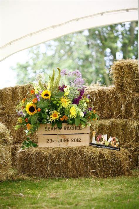 ways   hay bales   country wedding deer