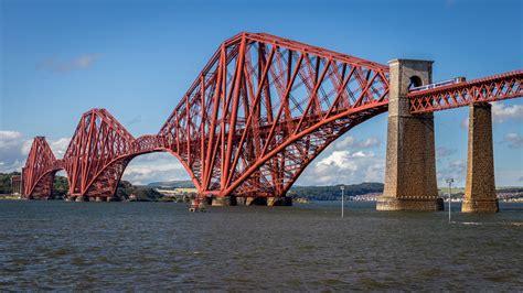 Pier Types for Double Track Cantilever Steel Truss Bridges