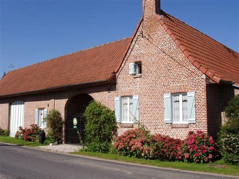 chambres d hotes a la ferme location chambre d 39 hôtes la ferme d 39 en haut réf 2461 à nomain