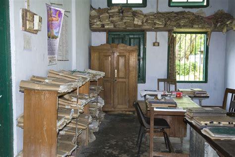 bureau des 騁rangers kaziranga le refuge du rhino indien tendua association pour la sauvegarde de la biodiversité
