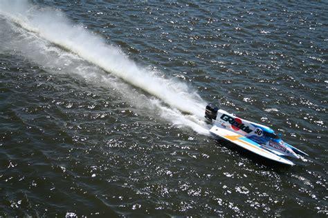 Drag Boat Racing Ontario by Motorboat Racers