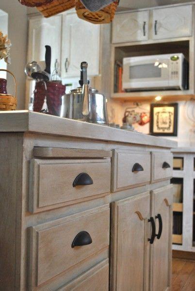 25  best ideas about Whitewash cabinets on Pinterest