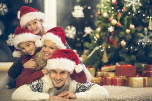 16 family christmas card photo ideas that will wow your relatives photos that will be remembered