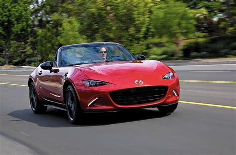 Mazda unveils a smaller, lighter Miata that still delivers ...