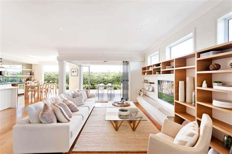 Diverse Luxury Touches With Open Floor