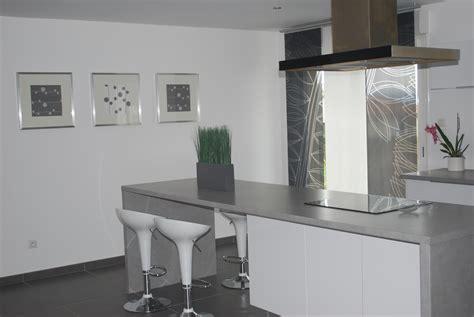cuisine blanche sol gris cuisine plan de travail gris