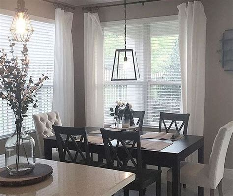 Dining Room Decorating Ideas by 49 Small Dining Room Decorating Ideas Hoomdsgn