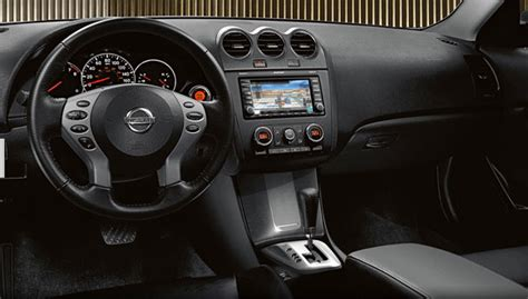 Nissan Altima Hybrid 2010