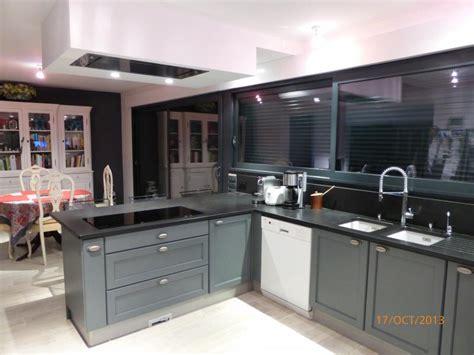 hotte de cuisine plafond cuisine cottage chêne massif laqué gris anthracite l p n