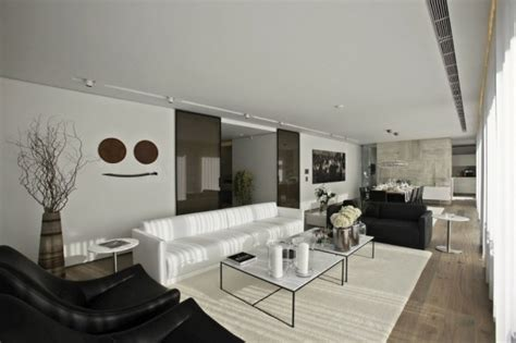 Bold Cosmopolitan House In Instanbul by Cosmopolitan House In Instanbul Pictures Photos And