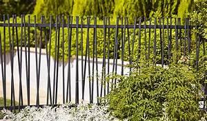 Barrière Bois Castorama : installer une cl ture en kit personnaliser l 39 infini ~ Premium-room.com Idées de Décoration