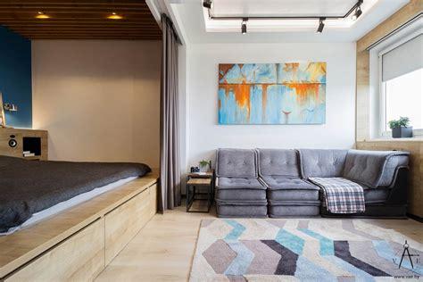 Blue-and-orange-studio-apartment-color-scheme
