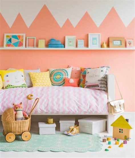 Farbe Fürs Kinderzimmer by Wandgestaltung Im Kinderzimmer Zweifarbige Wand For