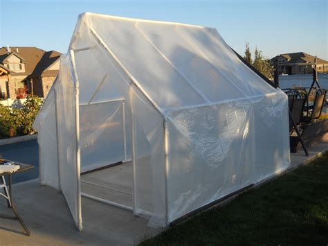 One of the most functional, featured, and stylish model of a greenhouse built at home using the leftover pvc pipe! Rich Ideas: OCTOBER - My DIY Greenhouse