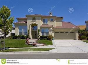 Une Maison Two