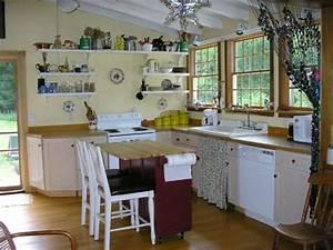 Küchentisch Kleine Küche : kleine k chen einrichten kleine r ume stellen die kreativit t auf die probe wohnen ~ Frokenaadalensverden.com Haus und Dekorationen