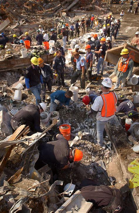 WTC 9/11 New York N Y (Sept 15 2001) Rescue