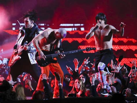 Flea Red Hot Chili Peppers Wallpaper
