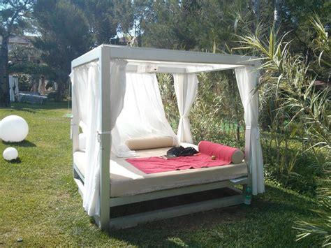 """balinesisches Bett Im Garten"" Vanity Hotel Suite & Spa"