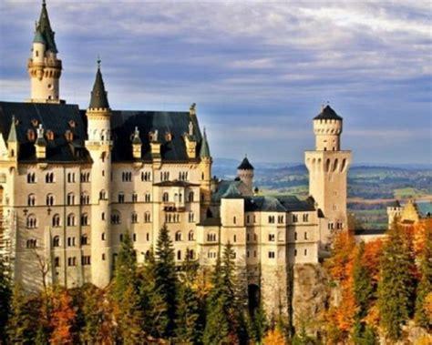 bavaria tourism neuschwanstein  beer attracting
