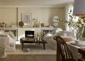 esszimmer einrichten creme weiss dunkles wohnzimmer entdeckt den landhausstil schöner wohnen