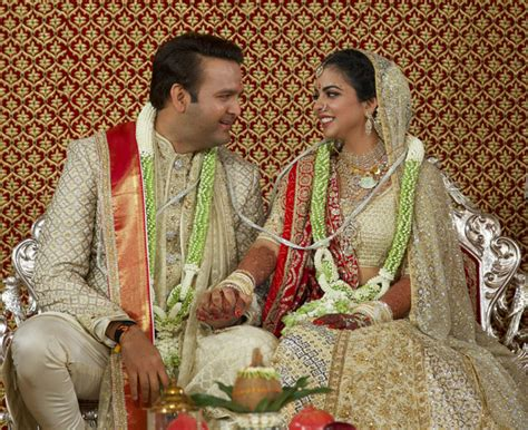 beyonce hillary priyanka indias biggest wedding isha