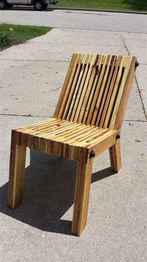 chaise palette recycled wood pallet chair ideas wood pallet ideas