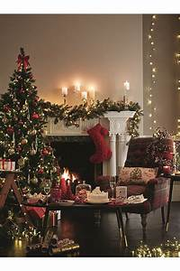 Best 25+ Traditional christmas decor ideas on Pinterest
