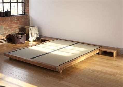 futon e tatami best 25 bed base ideas on bed base with
