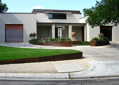 Yard Planters by Front Yard Landscape Ideas That Make An Impression