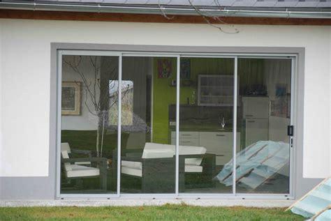 Teilige Schiebetüre Für Terrasse Als Wind- Und Wetterschutz