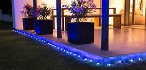 osram lightify garden spot bunte wlan leds fur den garten With französischer balkon mit led spots garten