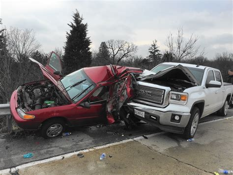 Brookfield Woman Killed In Oak Brook Car Crash